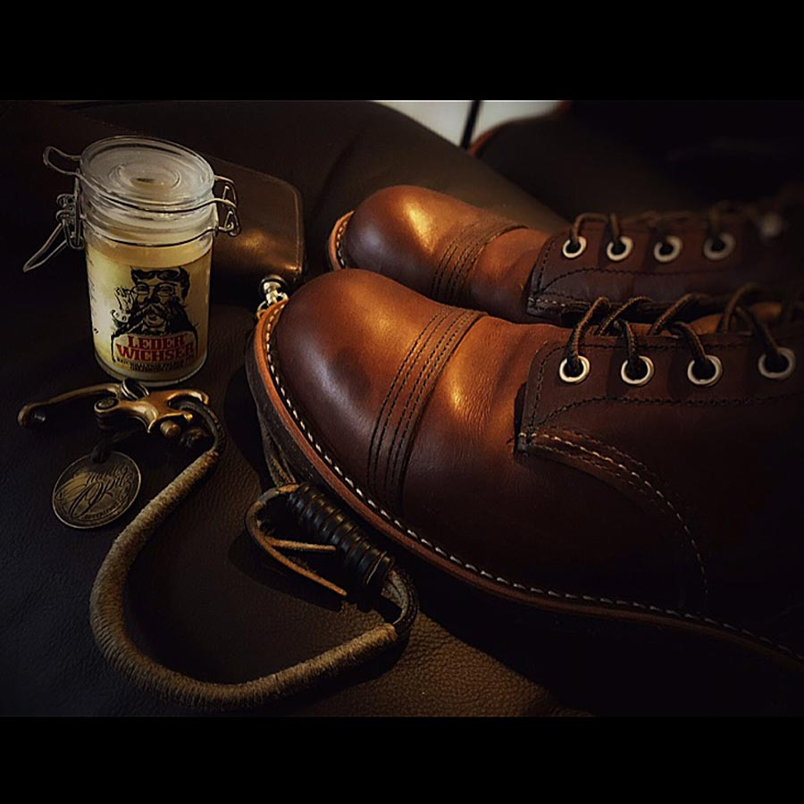 Emma Opitz' Lederwichser - Traditional Leather Polish Shoes